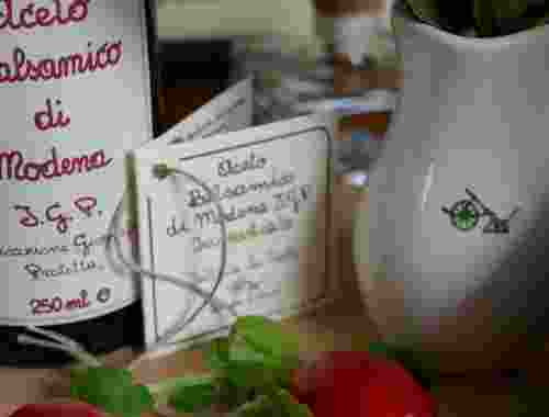 Balsamessig aus Modena - Aceto Balsamico di Modena der Fattoria La Vialla--Aceto Balsamico
