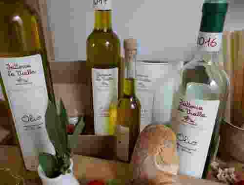 Olivenöl Olio extravergine di Oliva der Fattoria La Vialla-- Olio Extravergine