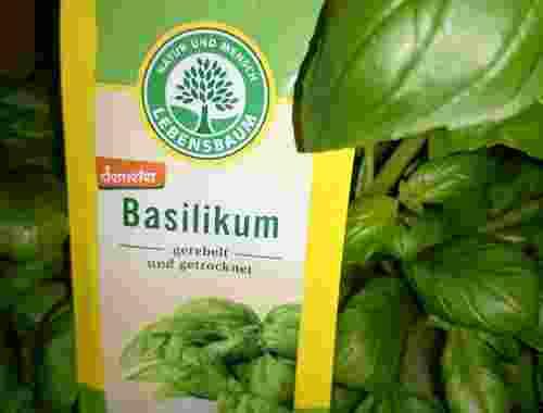 Basilikum, gerebelt und getrocknet von Lebensbaum demeter zertifiziert