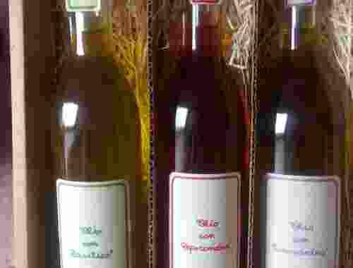 Olivenöl Basilikum Rosmarin Chilishote Olio con Basilico Rosmarino Peperoncino von Fattoria la Vialla diverse Öle der (2)