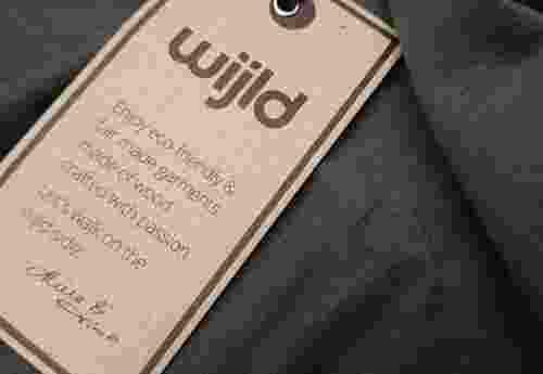 T Shirt aus Holz WoodShirt von wijld GmbH (7)