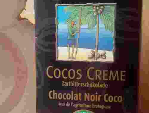 vegane Zartbitterschokolade Cocos Creme von Rapunzel Hand in Hand Partner Vollrohrzucker Kakao