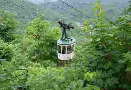 Plumbohms Aussichtsreich Gast und Logierhaus auf 493 Höhenmetern in Bad Harzburg Gondel zum Aussichtsreich