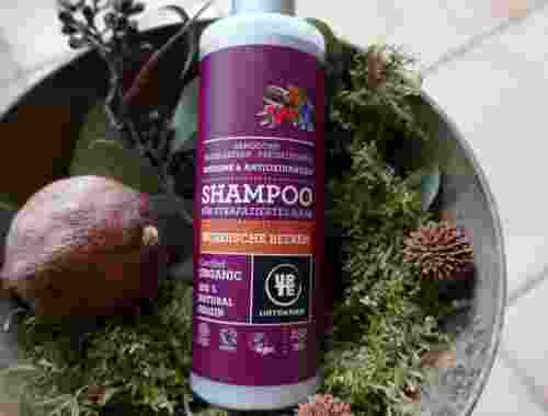 Shampoo für strapaziertes Haar, Nordische Beeren mit Sanddorn, Heidelbeeren, Preiselbeeren, organic, Urtekram Shampoo dekorativ