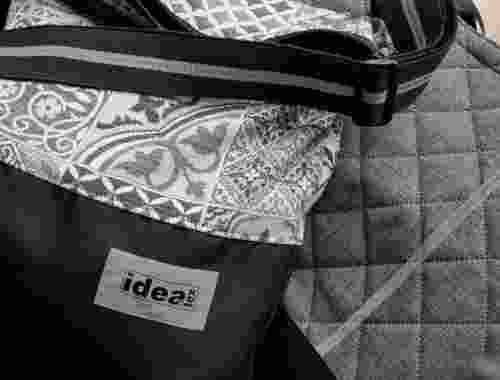 Vegane, handgefertigte Taschen aus der Manufaktur Ewert in Oldenburg idea4tex Tasche in grau mit Muster (2)